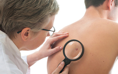 How Pain and Itching Signal Skin Cancer