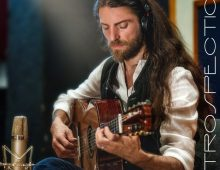 "Estas Tonne (Ukrainian): a self-styled ""modern day troubadour"""